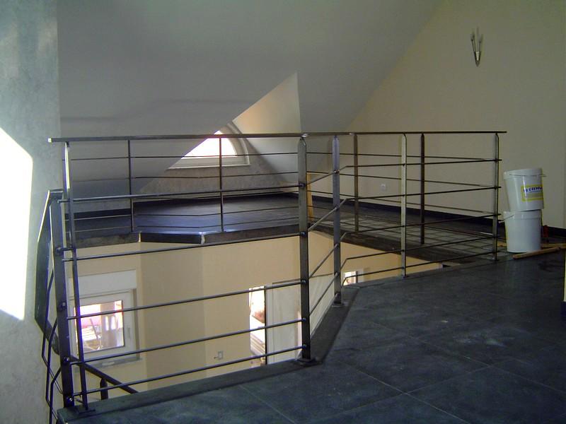 rampe en acier vernis metal concept escalier. Black Bedroom Furniture Sets. Home Design Ideas