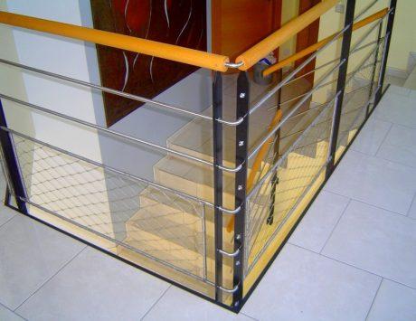 rampe et garde corps en m tal inox et bois metal concept escalier ferronnerie d 39 art alsace. Black Bedroom Furniture Sets. Home Design Ideas