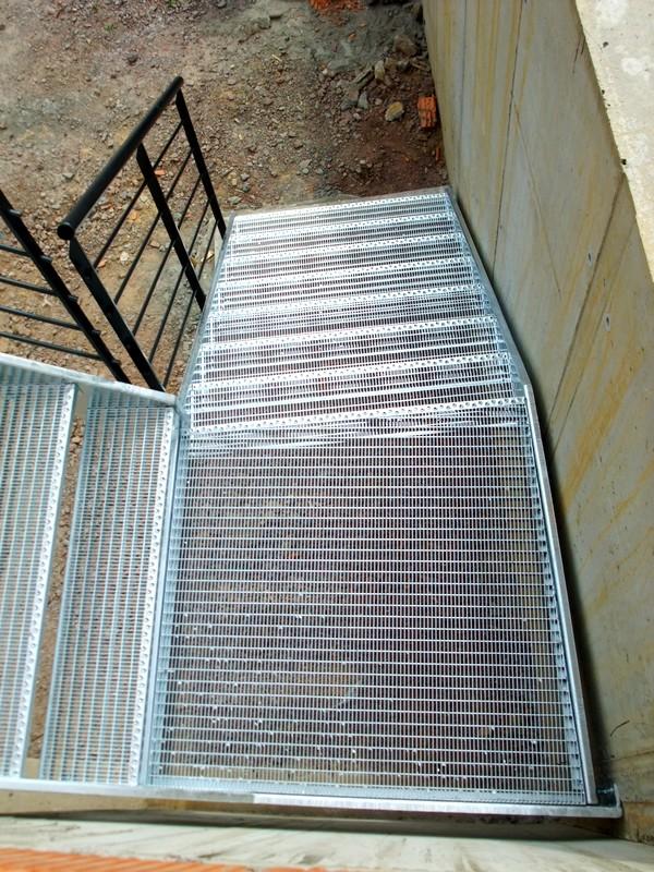Escalier ext rieur metal concept escalier ferronnerie for Escalier exterieur prix
