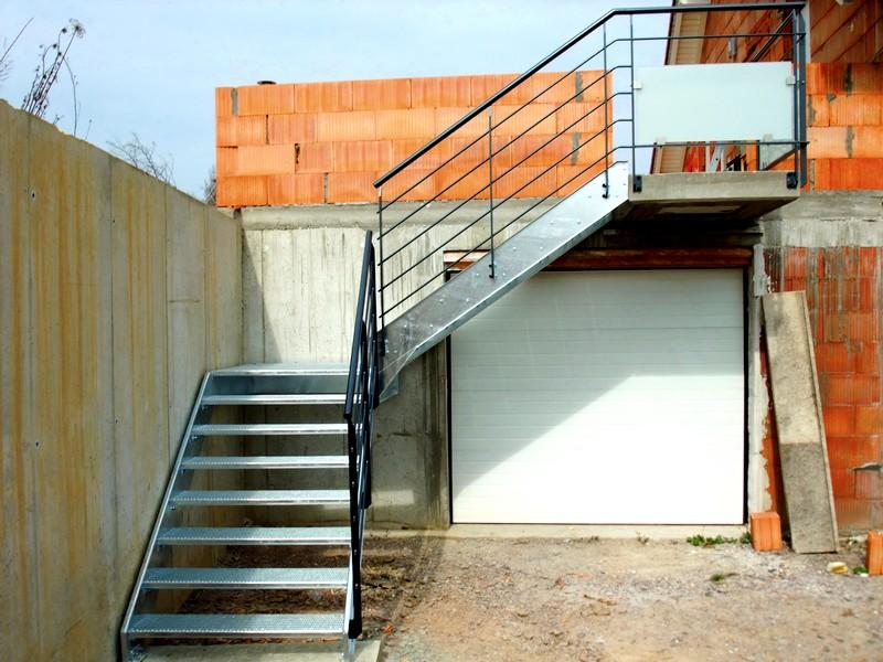 escalier exterieur quart tournant haut