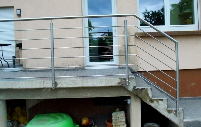 garde corps inox metal concept escalier ferronnerie d. Black Bedroom Furniture Sets. Home Design Ideas
