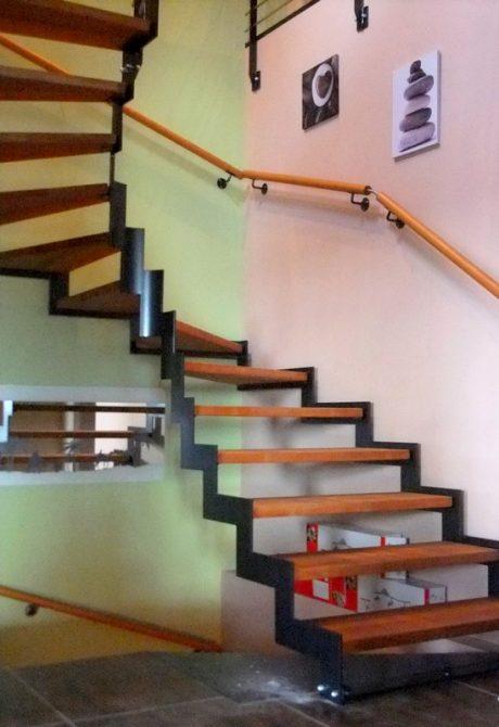 Soultz sous for t metal concept escalier ferronnerie d 39 art alsace f - Escalier en metal interieur ...