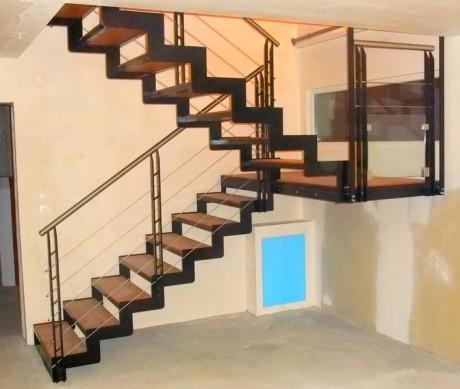 escalier m tal metal concept escalier ferronnerie d. Black Bedroom Furniture Sets. Home Design Ideas