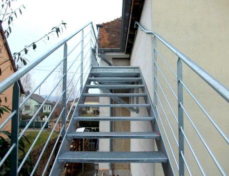 escalier exterieur métalique 3