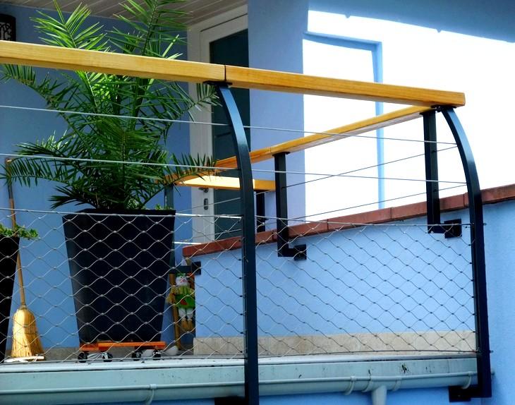 garde corps terrasse poteaux galb s metal concept. Black Bedroom Furniture Sets. Home Design Ideas