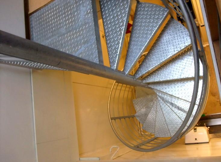 escalier colima on metal concept escalier ferronnerie. Black Bedroom Furniture Sets. Home Design Ideas